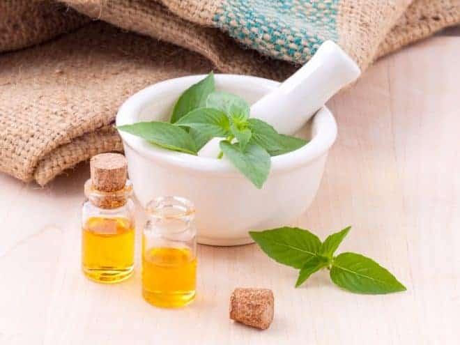 Ingrédients pour la préparation d'un remède de grand-mère