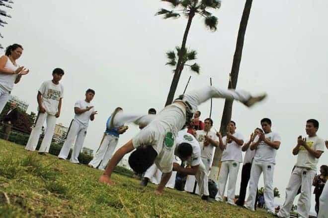 une roda de capoeira
