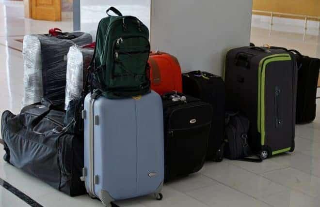 Des bagages.