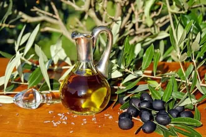 l'huile d'olive, cet or liquide qui nous veut du bien