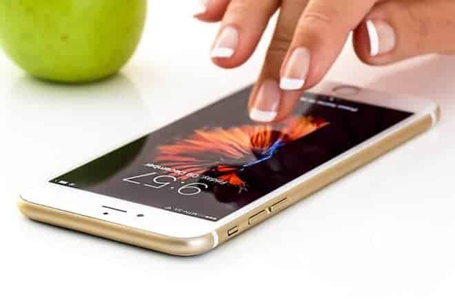 Un smartphone.