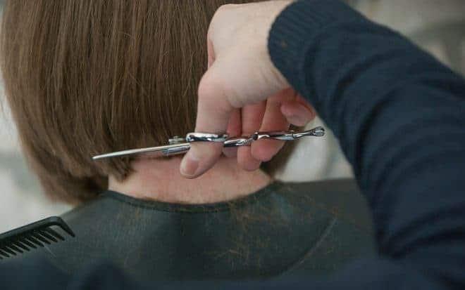 Cheveux, coupe, ciseaux