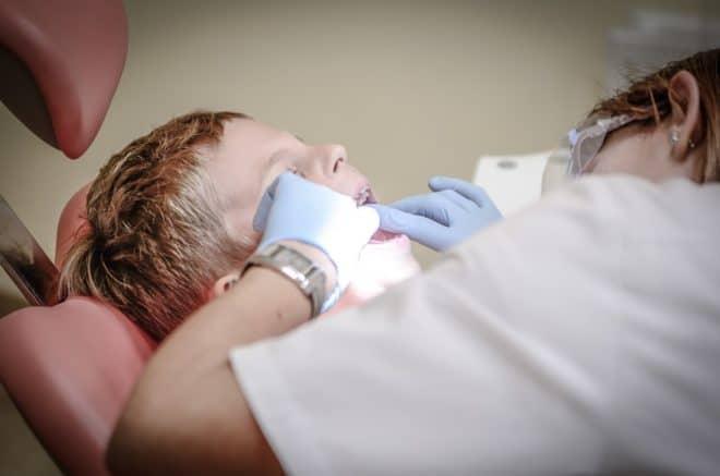 Dentiste, enfant