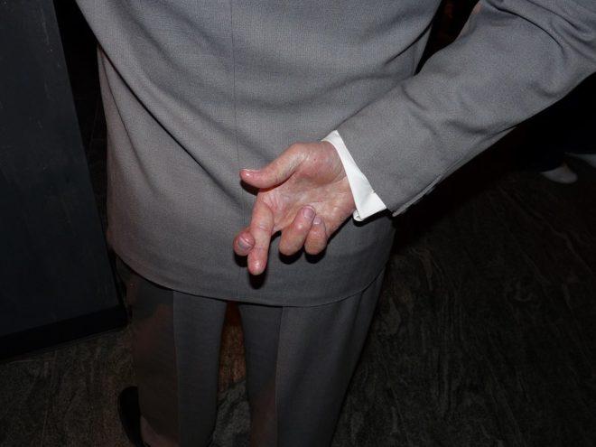 Croiser doigts