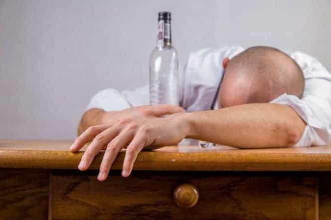 Un homme ivre