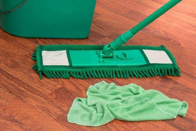 Tout pour nettoyer les sols.