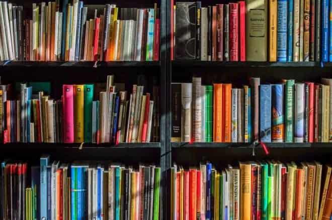 Livres, bibliohèque