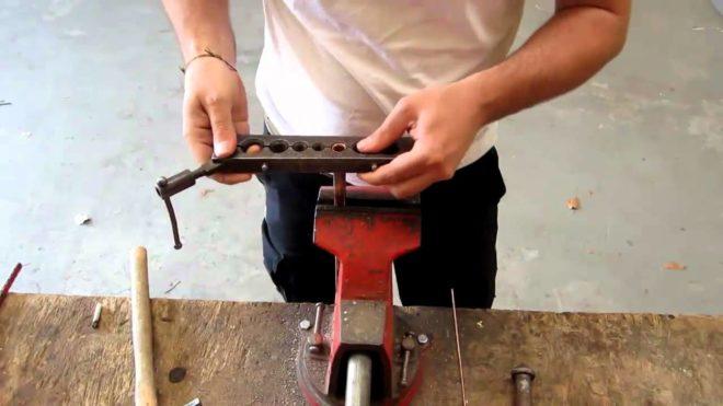 Fabrication collet battu